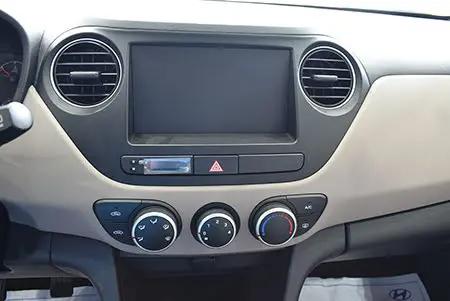 Hyundai Grand i10 Sedan 2019 9