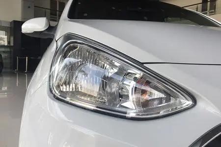 Hyundai Grand i10 Sedan 2019 4