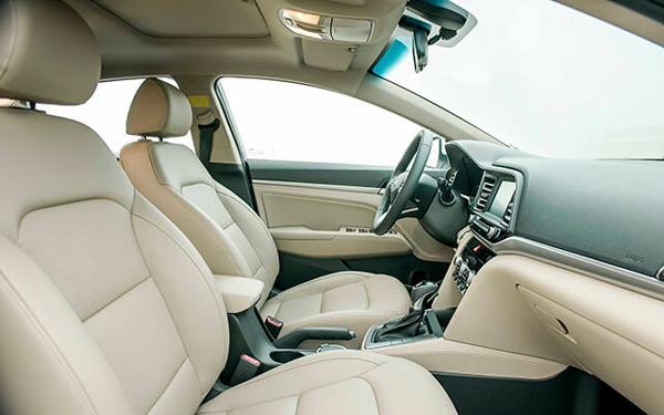 Hyundai Elantra 2019 9