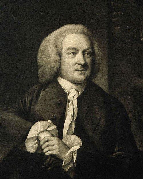Nhà phát minh John Hadley (1731-1764), đã khám phá ra nguyên lý của sự bay hơi và quá trình làm lạnh.