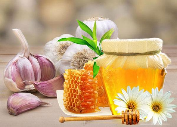Tỏi ngâm mật ong