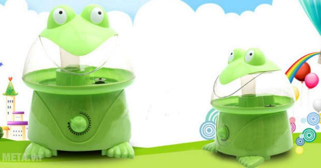 Máy phun sương hình ếch được nhiều gia đình có trẻ nhỏ lựa chọn sử dụng.