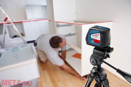 Máy cân bằng laser có thiết kế nhỏ gọn, dễ sử dụng và di chuyển.