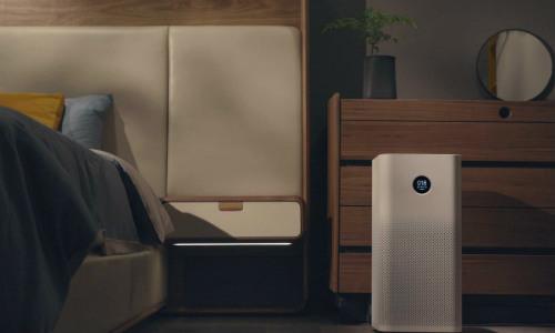 Máy lọc không khí Xiaomi Mi Air Purifier 2S điều chỉnh độ sáng tự động, không làm ảnh hưởng tới giấc ngủ.