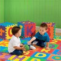 5 Lý do nên sử dụng thảm xốp cho bé