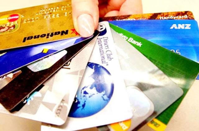 Đổi thẻ, làm lại thẻ ATM mất bao lâu, có mất tiền không?