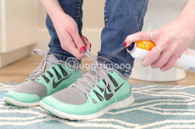 Giúp dây giày không bị tuột