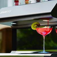 Robot bartender pha chế đồ uống như thế nào?