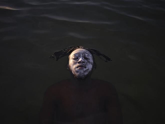 "Bài thi ""Portrait in Guanabara Bay"""