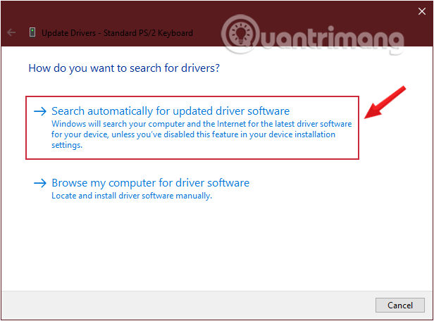 Yêu cầu Windows tìm trình điều khiển bằng cách nhấp vào Tự động tìm kiếm phần mềm trình điều khiển được cập nhật
