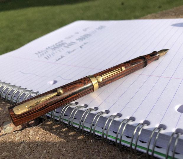 Chiếc bút Waterman này cũng có tuổi thọ lên tới 97 năm rồi