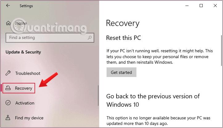 Click chuột vào Recovery từ cửa sổ Settings