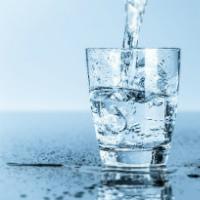 Uống nước đúng cách mỗi ngày: Bao nhiêu là đủ? Uống khi nào tốt cho sức khỏe?