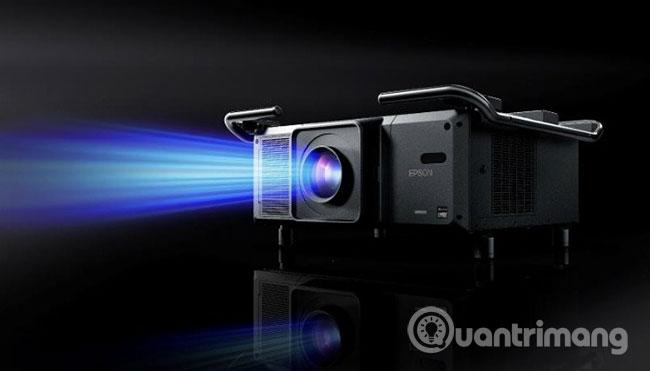 Nhược điểm lớn nhất đối với máy chiếu laser là giá thành ban đầu của máy
