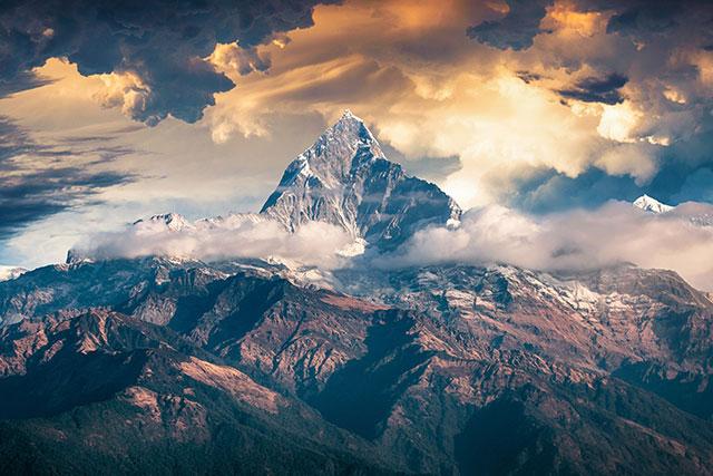 Nằm mơ thấy núi đánh con gì?