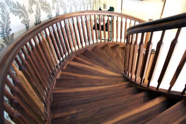 Cầu thang gỗ đẹp 7