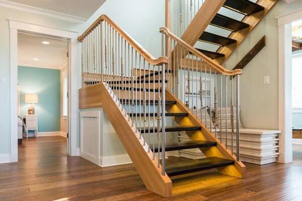 Cầu thang gỗ đơn giản, đẹp 3