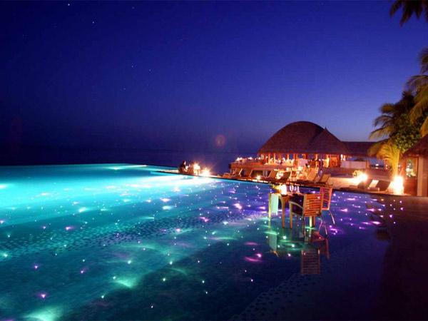 """Maldives còn được mệnh danh là """"thiên đường tình yêu"""""""