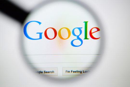 Đến năm 2006, Google với lượng truy cập lên đến hơn 5,7 tỷ đã vượt mặt Yahoo dành vị trí đầu tiên
