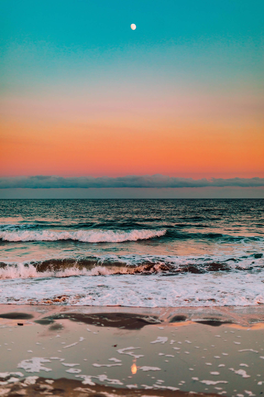 Mặt biển trong giờ vàng (Golden hour)