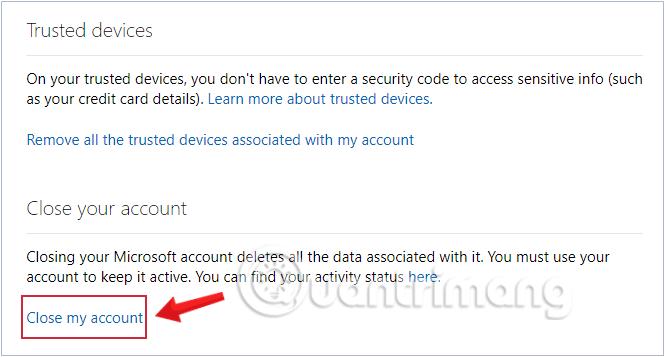 Click chọn Close my account ở cuối trang