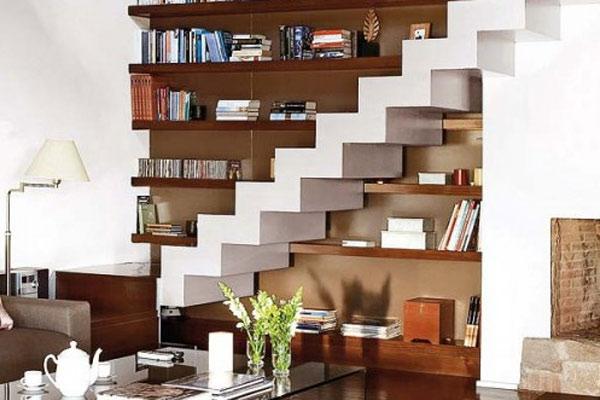 Thư viện mini dưới gầm cầu thang 5