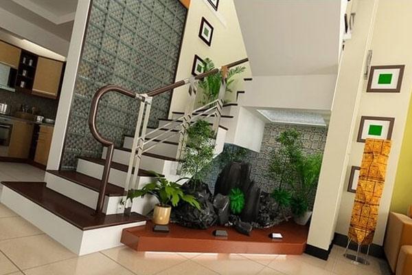Tạo ra một khu vườn nhỏ dưới gầm cầu thang 5