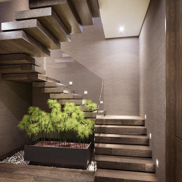 Tạo ra một khu vườn nhỏ dưới gầm cầu thang 2