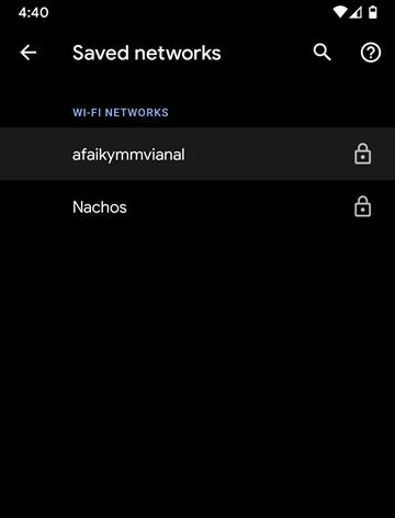 Chọn WiFi đã lưu mật khẩu muốn xem