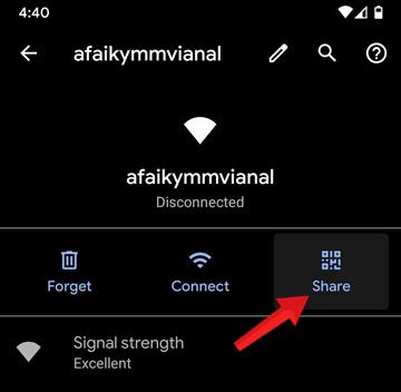 Muốn xem mật khẩu WiFi thì nhấp vào Chia sẻ