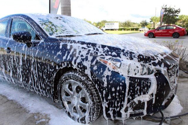 Những lưu ý khi rửa xe không chạm