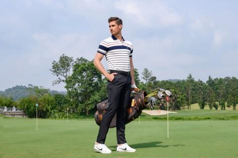 Trang phục khi chơi golf cần gọn gàng thoải mái