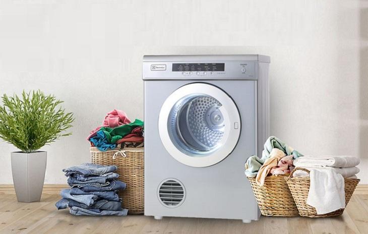 Máy sấy quần áo Electrolux của nước nào, có ưu điểm gì?