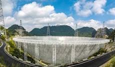 FAST, kính viễn vọng lớn nhất thế giới bắt đầu soi tìm sự sống trong vũ trụ