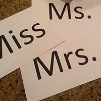 Mrs là gì? Cách phân biệt Mrs, Miss và Ms