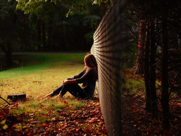 Hình ảnh cô đơn, tâm trạng dành cho các bạn nữ 4