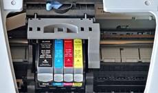 Cách vệ sinh đầu in của máy in