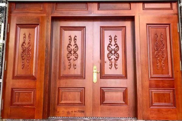 Mẫu cửa gỗ 4 cánh đẹp 5