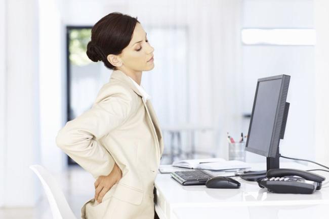 Tình trạng đau lưng và mắc một số bệnh về xương khớp ở dân văn phòng