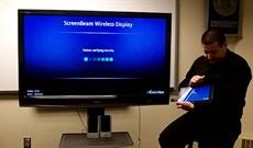 Cách kết nối không dây máy tính bảng Surface với TV