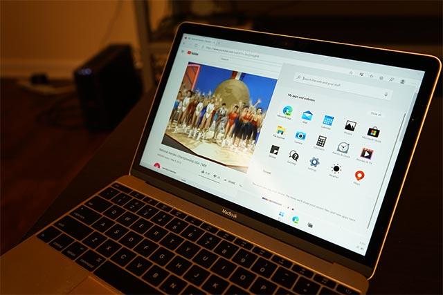 Windows 10X trên MacBook