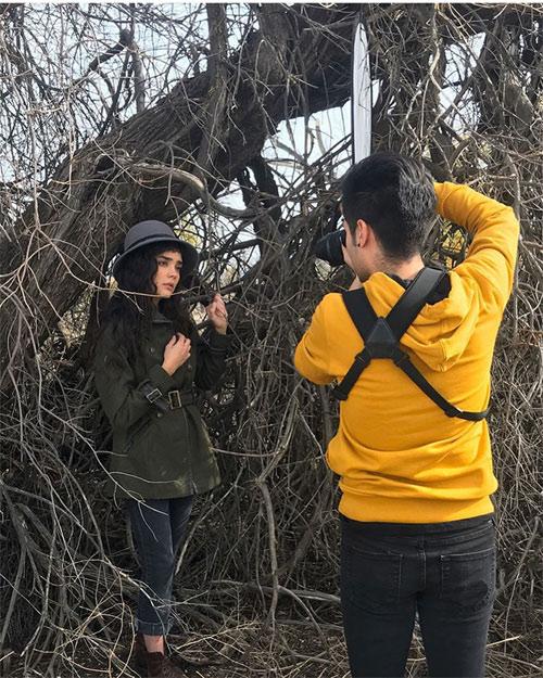 nhờ chụp với cây chết khô