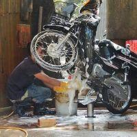 [Tổng hợp] Cần những thiết bị máy móc gì để mở tiệm rửa xe máy?
