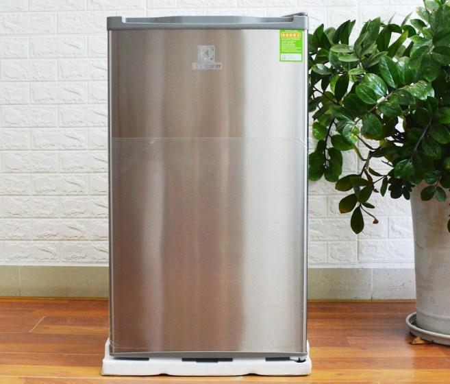 Tủ lạnh Electrolux EUM0900SA 92 lít