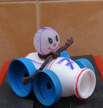 Đồ chơi được làm từ hộp sữa susu 7