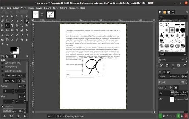 Di chuyển layer chữ ký mới được nhập trực tiếp lên trên layer trang bạn muốn ký