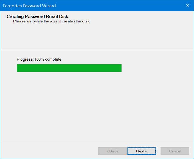Nhấp vào nút Next sẽ bắt đầu tạo Password Reset Disk cho tài khoản