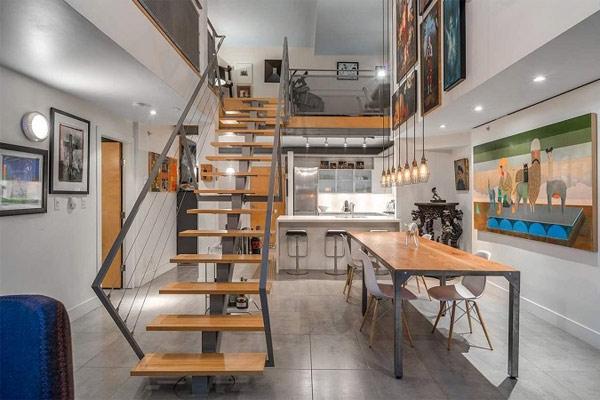 Cầu thang tầng lửng được thiết kế theo phong cách đơn giản