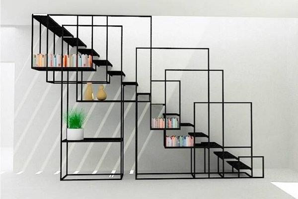 Cầu thang lên gác lửng được thiết kế theo phong cách nghệ thuật sắp đặt ấn tượng