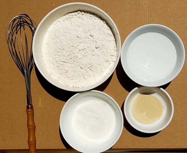 Nguyên liệu làm bánh mì